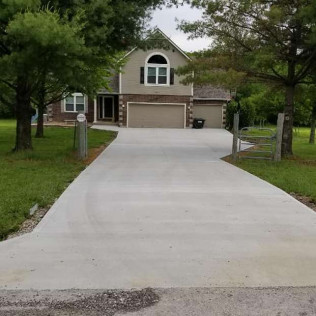concrete contractor in Greenwood, MO